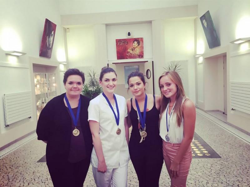 Les médaillées d'Aix-les-Bains Meilleur Apprenti de France