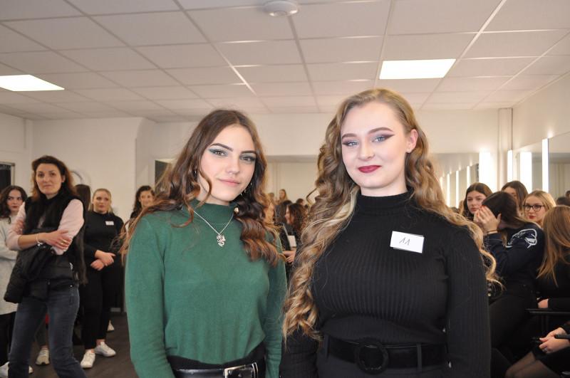 Lilia Essid concours Make-Up Noël